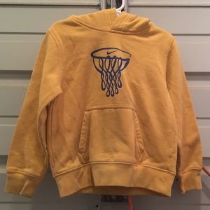 Size 5 Boys gold Nike hoodie sweatshirt